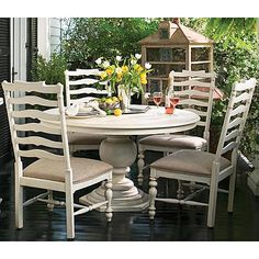 Paula Deen Home Round Pedestal Dining Table in Tobacco decor