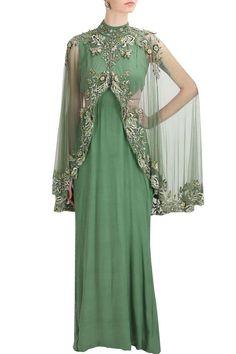 Inquiries Whatsapp➡️ +917696747289 nivetasfashion@gmail.com Nivetas Design Studio We ship worldwid #lehenga #bridallehenga #bridaloutfit ##outfit #indianfashion #indianoutfit #fashiondesigner #bridalwear #indianbridal #indianbride #indianweddign #worldwideshipp #wedding #weddingoutfit #bridalwedding bridal, lehenga, bridallehenga, wedding lehenga, indianweddingoutfit, indianwedding,