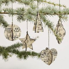 Love these simple Christmas decorations made from sheet music Sheet Music Art, Vintage Sheet Music, Vintage Sheets, Music Sheets, Music Music, Music Tree, Diy Christmas Tree, Christmas Tree Decorations, Christmas Ornaments