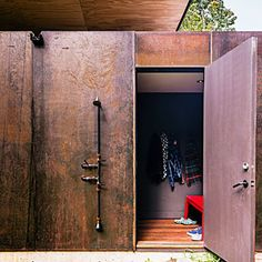 Dreamy modern cabin home | Forging a practical path | Sunset.com