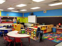 Preschool classroom rules: pin by maria rivera on library Preschool Classroom Layout, Preschool Rooms, Classroom Decor Themes, Classroom Setting, Classroom Design, Classroom Organization, Preschool Ideas, Classroom Ideas, Ladybug And Cat Noir