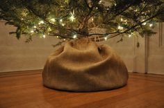 If I didn't already love my DIY burlap & red skirt I would do this! :) 15 DIY Tree Toppers and Bottoms from Apartment Therapy.