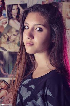 #chicas #girls #smile #sonrisa #faces #womens #happy #felices #friends #amigas #nikon d90 #fotografía #photography #neuquen #argentina #patagonia #boq #pink #portrait
