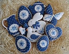 Obchod predajcu - MedovnikyLia / SAShE.sk Fancy Sugar Cookies, Iced Cookies, Cute Cookies, Easter Cookies, Cupcake Cookies, Christmas Cookies, Royal Icing Decorated Cookies, Cookie Designs, Easter Crafts