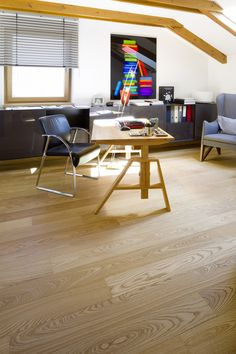 A warm, golden and very superior shade of colour! Natural Wood Flooring, Hardwood Floors, Floor Stain, Tongue And Groove, Woods, Planks, Colouring, Ash, Modern