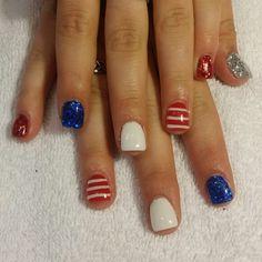 4th of July gel nails glitter