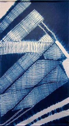 SHIBORI COMMUNITY | フォトギャラリー Shibori Fabric, Shibori Tie Dye, Japanese Textiles, Japanese Patterns, Fabric Dyeing Techniques, Textile Dyeing, Indigo Dye, Fabric Manipulation, Tye Dye