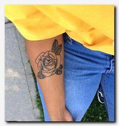 Pink tattoo forearm - Susan in de Overgang Mini Tattoos, Flower Tattoos, Body Art Tattoos, Small Tattoos, Tatoos, Heart Tattoos, Pretty Tattoos, Beautiful Tattoos, Minimal Tattoo