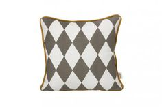 Coussin Little Geometry Ferm Living - Gris Small Cushions, Black And White Posters, Printed Cushions, Ball Lights, Grey Yellow, Storage Baskets, Decoration, Room Inspiration, Decorative Throw Pillows