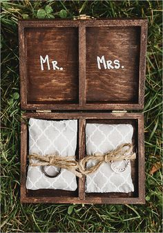 ring box details #ringbox @weddingchicks