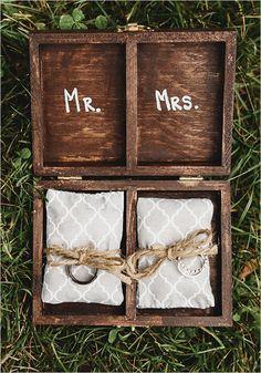 ring box details #ringbox @weddingchicks