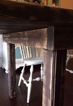 Amazing farmhouse table!