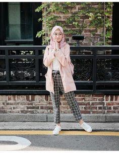 Hijab Fashion Summer, Modern Hijab Fashion, Street Hijab Fashion, Hijab Fashion Inspiration, Muslim Fashion, Modest Fashion, Korean Fashion, Fashion Outfits, Casual Hijab Outfit