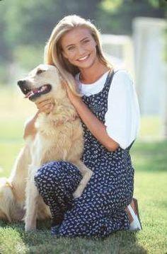 Esta sonriente jovencita con su perro apareció en la revista 'Seventeen' en el…