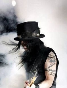 site dedicated to the great Mick Mars Phil Campbell, Mars Pictures, Chris Fehn, Shout At The Devil, Metalocalypse, Mick Mars, Old Boots, Glam Metal, Tommy Lee