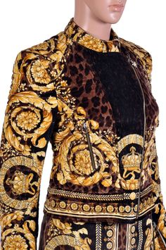 VERSACE BAROQUE PRINTED VELVET JACKET and SKIRT SUIT image 4