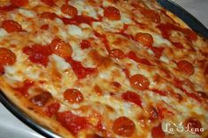 Pizza Margherita Pizza Recipes, Cooking Recipes, Pepperoni, Food And Drink, Main Courses, Cincinnati, Beverage, Diet, Main Course Dishes