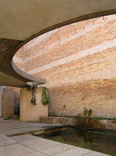 carlo scarpa, architect: biennale sculpture garden, giardino delle sculture, venice 1950-1952   Flickr : partage de photos !