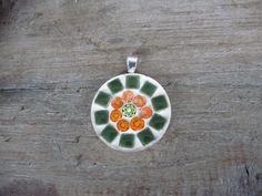 Ronde mozaiek hanger groen/oranje nu gevoegd