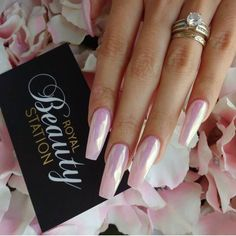 Gorgeous #UniChrome nails by @royalbeautystation Get this look using our UniChrome powder, shop ➡️ DailyCharme.com!
