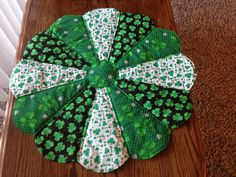 """St. Patrick's Day Table Centerpiece or Runner.  Green, White Shamrocks  24"""" by sewcalico65 on Etsy"""