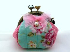 Monedero con boquilla - perlas de La tienda Vintage de Kima por DaWanda.com