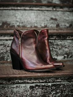 ジェフリー・キャンベル(Jeffrey Campbell)アンクルブーツ 1968 Ankle Boot -wine 1