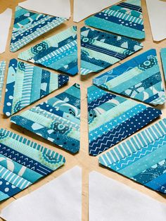 Right Triangle, Quilt Patterns Free, Pattern Blocks, Triangle Template, Star Quilt Blocks, Light Blue Background, Quilted Table Runners, Strings, Scrappy Quilts