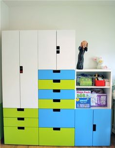 Combination for Corin - but not colours and not cupboard and book shelves Ikea Hacks, Ikea Stuva, Ideas Habitaciones, Ikea Kids, Home Theater Seating, Locker Storage, Playroom Storage, Ikea Storage, Kids Bedroom
