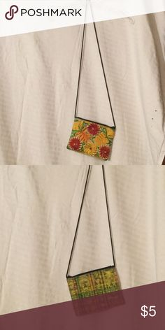 Floral crossbody coin purse/small purse Same purse with two prints, one on each side Bags Crossbody Bags