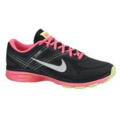 ... Sepatu Lari Nike Dual Fusion Tr 2 631459-012 sepatu running yang  dikeluarkan Nike yang ... 1be0fd18fe