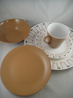 Harmony House Melamine Dinnerware Athena by WishingWellsGlass