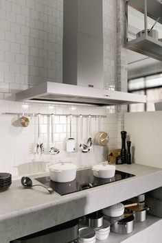 Asko 90cm induction cooktop with 6 auto programs (model HI1995G) for sale at L & M Gold Star (2584 Gold Coast Highway, Mermaid Beach, QLD). Don't see the Asko product that you want on this board? No worries, we can order it in for you!