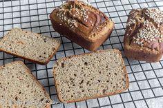 Gluten Free Easy Buckwheat Bread – Cooking Without Gluten Bread Oven, Yeast Bread, Gluten Free Buckwheat Bread, Cauliflower Tortillas, Artisan Bread, Bread Recipes, Food And Drink, Baking, Desserts