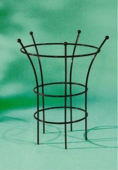 staudenhalter thorben rost klein staudenhalter rankgitter und gartenh user. Black Bedroom Furniture Sets. Home Design Ideas