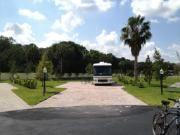 Terrain #134 de 4,795pc non-modifié à vendre pour $155,000.00US pour motorisé Classe ''A'' à Aztec RV Resort, Margate Fl.  ----------------------------------------------------------------------------------------------  Lot #134 of 4,795 SqF with no modification for sale Motorhome Class''A'' at Aztec RV Resort, Margate, Flo