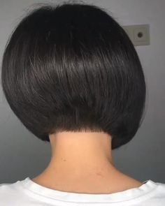 Graduated Haircut, Graduated Bob Hairstyles, Black Bob Hairstyles, Stacked Bob Hairstyles, Face Shape Hairstyles, Long Bob Hairstyles, Short Stacked Wedge Haircut, Short Stacked Bob Haircuts, Short Hair Cuts