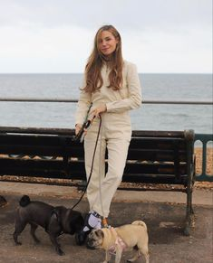 Marzia Bisognin, Photography Poses, Normcore, Celebs, Street Style, Style Inspiration, Photoshoot, Photo And Video, Videos