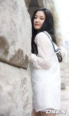 "Actress Lee Yoo-bi, ""Not so much concerned about the label, Kyeon Miri's daughter. I'll just have to keep trying harder"" @ HanCinema :: The Korean Movie and Drama Database Lee Yu Bi, Korean Actresses, Korean Actors, Korean Girl, Asian Girl, Cute Princess, Mom Daughter, Try Harder, Lee Min Ho"