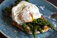 How to cook the perfect poached egg in a microwave | The Independent