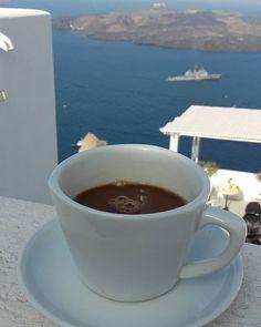 Πρωινό στην βεράντα με θέα. Η απλή κούπα καφέ παίρνει άλλη διάσταση όταν μπαίνει σε τέτοιο κάδρο.Πρώτη φορά ξυπνάω τόσο εύκολα σε διακοπές για να αποτυπώσω εικόνες & να μην χάσω στιγμές!!!⛵⛵☕☕⛵⛵⛵☕☕...The best cup of coffee ever!!! With the best view..#coffee #bestcoffee #thebestview