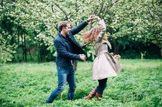 Oil & Rebecca, engagement photos in Elmdon park | Mustard Yellow Photography