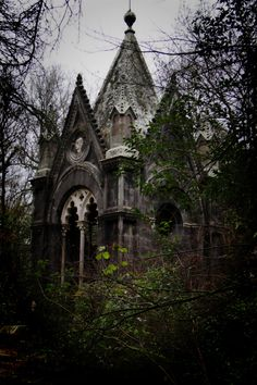 Abandoned Gothic mansion--this photo inspires me to write a horror story--doomed love perhaps.