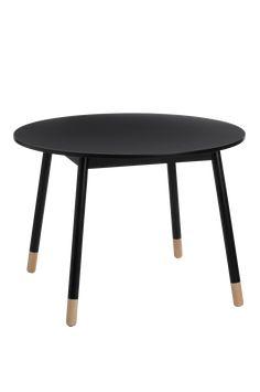 Spisebord med skandinaviske influenser og fine kontraster i form av synlig lyst tre nederst på bena. Materiale: Tre og mdf. Størrelse: Høyde 72 cm, ø 100 cm. Beskrivelse: Rundt spisebord med bordplate av lakkert mdf og ben av massivt tre. Bordet krever noe montering. Monteringsanvisning medfølger. Tips & Råd: Match med flere bord fra samme serie. Bland størrelser og ha flere bord sammen.