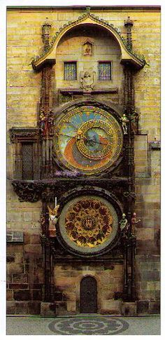 Astronomical clock in #Prague displays Babylonian time, Old Bohemian time, German time, and Sidereal time and shows the moon's phases and the sun's journey through the constellations of the zodiac. #CzechPragueOut