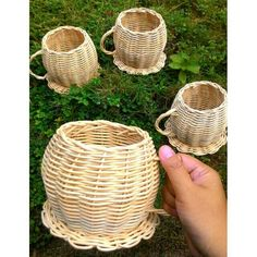 Rattan Basket, Laundry Basket, Picnic, Projects To Try, Decoupage, Shabby, Interior, Home Decor, Wings