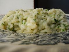 Creamy rice with parsley and Pecorino cheese. Creamy Rice, Pecorino Cheese, Parsley, Risotto, Gluten Free, Tasty, Ethnic Recipes, Food, Glutenfree
