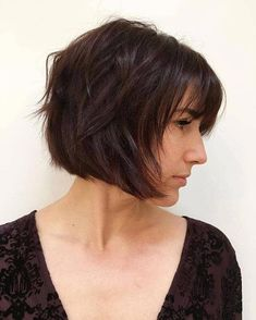 Razored Brown Bob With Bangs Pony zeichnet 50 Classy Short Bob Haircuts and Hairstyles with Bangs Short Bobs With Bangs, Bobs For Thin Hair, Short Hair Cuts, Layered Bob With Bangs, Trendy Haircut, Bob Haircut With Bangs, Long Face Hairstyles, Layered Bob Hairstyles, Brunette Hairstyles