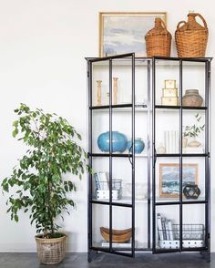 Home Decoration Living Room Living Room On A Budget, Small Living Rooms, Affordable Home Decor, Cheap Home Decor, Living Room Glass Cabinet, Home Decor Websites, Bookcase Styling, Cabinet Decor, Crockery Cabinet