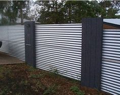 diy fence with corrugated iron and timber Corrigated Metal, Corrugated Metal Fence, Diy Fence, Fence Gate, Fence Ideas, Fence Panels, Patio Interior, Front Fence, Fenced In Yard
